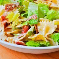 Zesty Ranch BLT Pasta Salad on MyRecipeMagic.com Sure to be a crowd pleaser.