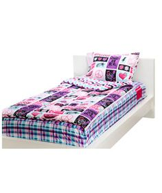 Zipit Comforter Face it: Your kid is never going to master those hospital corners. But he can still make a tidy bed if you invest in this brilliant bedding. Each set consists of a fitted sheet with an attached comforter that zips open and closed on the side. The result: making the bed requires one hand—and just two seconds