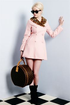 Wheels and Dollbaby - Clothes to snare a Millionaire GIMME THIS COAT