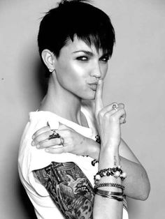 Girls Very Short Hairstyles With Black Hair