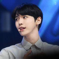 Cre: on pic Christian Boyfriend, Nerd Boyfriend, Nct Doyoung, Mark Nct, Nct Taeyong, Be My Baby, Winwin, Jaehyun, Nct Dream