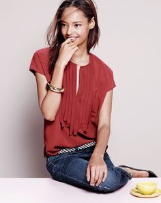 Cute and casual - J.Crew women's grosgrain ribbon top, open tube bracelet, woven leather belt, Roxie pumps, and Eastwood jean.