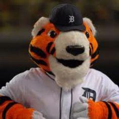 Detroit Tigers mascot Paws