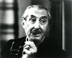 Carlo Scarpa. http://www.pinterest.com/search/pins/?q=Carlo%20Scarpa%20architects