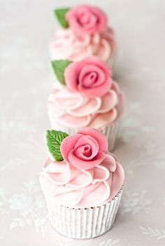 Ever so pretty cup cakes!