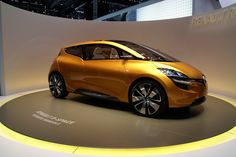 Renault R-Space Concept 2011