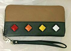 Carpisa Wallet Wristlet Zip Around Clutch Taupe Black Faux Leather Studded #Carpisa Black Faux Leather, Patent Leather, Clutch Wallet, Leather Wallet, Fabric Wallet, Women's Wallets, Fashion 2020, Wallets For Women, Taupe