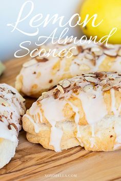 These super yummy lemon almond scones are covered with almonds with a lemon glaze which is oh, so mouthwatering. Just Desserts, Delicious Desserts, Yummy Food, Health Desserts, Lemon Recipes, Baking Recipes, Scone Recipes, Brunch Recipes, Dessert Recipes