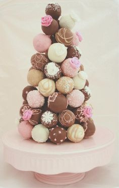 Cake Pop tower-love this!