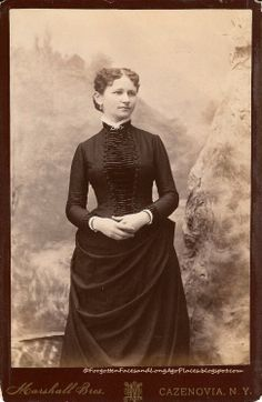 Fashionable Friday - 1880's Woman from Cazenovia, NY:  http://forgottenfacesandlongagoplaces.blogspot.com/2012/05/fashionable-friday-1880s-woman-from.html