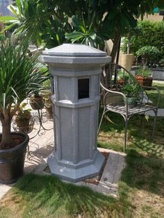 Garden bin decorative element