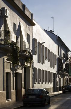 9 Dwellings in the Historic Center of Sanlucar de Barrameda / Suárez Corchete