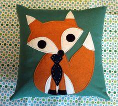 Felt Fox Pillow Cover & Insert via Etsy. A close-up of the fox in the tie. Woodland Theme, Woodland Baby, Woodland Nursery, Fox Pillow, Fantastic Fox, Diy Y Manualidades, Fox Nursery, Felt Fox, Creation Couture