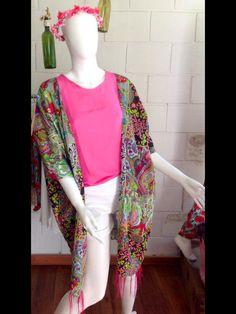 Síguenos en @masiasimonetta en Instagram y Facebook #SummerTrends #kimono #Boho Boho, Summer Trends, Kimono Top, Facebook, Instagram, Handmade, Design, Women, Fashion