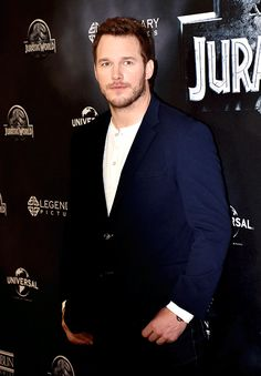 Chris Pratt attends the 'Jurassic World' Photocall at The Regent Hotel on 1 June 2015 in Berlin, Germany.