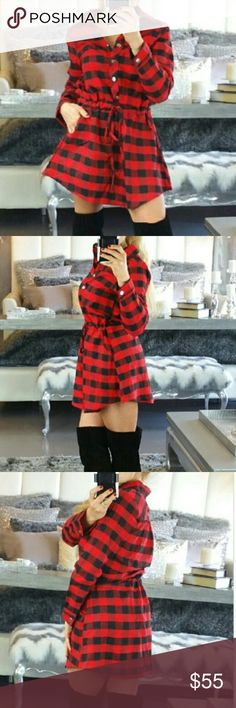 FAB Plaid Dress 😍 fabulous brand-new, never worn red and black plaid address. Right on trend! Can fit a medium as well. 😍 offers welcome via the offer button only please. Thanks Dresses
