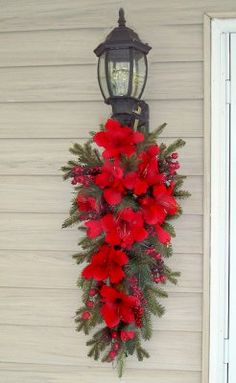 Shop Christmas Wreaths at Wreaths For door. We offer a large selection of quality Christmas door wreaths for Holiday decorating during the Christmas season. Christmas Swags, Noel Christmas, Outdoor Christmas Decorations, Christmas Projects, Winter Christmas, Holiday Decor, Decorating For Christmas, Christmas Lights Outside, Burlap Christmas