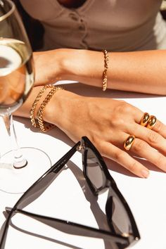 @1969Mauricio Jewelry Photography, Fashion Photography, Photography Ideas, Fashion Accessories, Fashion Jewelry, Women Jewelry, Gold Accessories, Girls Jewelry, Photo Jewelry