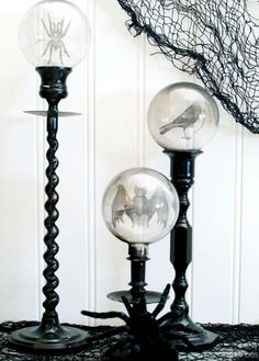 We rounded up our favorite DIY Halloween props to get you into the holiday spirit. These easy DIY Halloween prop ideas are some of our favorite projects yet, from crow wreaths to candy garlands and more! Halloween Mantel, Holidays Halloween, Halloween Crafts, Halloween Party, Halloween Images, Easy Halloween Decorations Diy, Samhain Decorations, Halloween Mural, Halloween Sounds