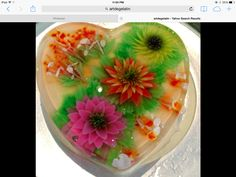 gelatina en forma de corazon