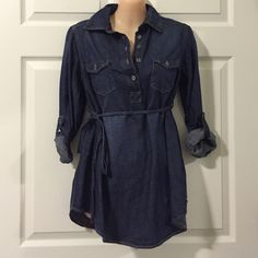 Denim Tunic Top (please see description) Ok ladies... So this is a maternity top, but I've never been pregnant! I just thought it was so cute, so I bought it in a smaller size (XS) and sure enough, it fit like a regular top! I wore it with black leggings and cognac boots. It looked SOOOO cute. I'm a medium in juniors/women and this top fit me perfect Liz Lange Tops Tunics