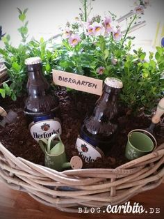 A beer garden to give away - caribito- Ein Biergarten zum Verschenken – caribito A beer garden to give away – caribito - Diy Cadeau Noel, Navidad Diy, 242, Beer Garden, Birthday Presents, Diy Birthday, Birthday Ideas, Little Gifts, Diy Gifts