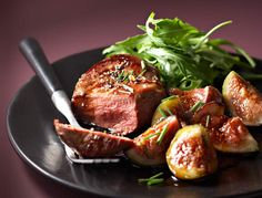 Duck breast with figs Fig Recipes, Duck Recipes, Xmas Food, Love Eat, Eat Smarter, Food Inspiration, Food Videos, Carne, Recipes