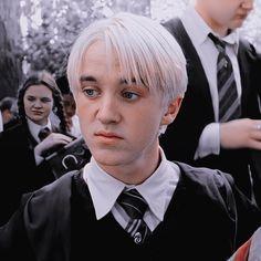 Draco Harry Potter, Harry James Potter, Magia Harry Potter, Mundo Harry Potter, Harry Potter Icons, Harry Potter Tumblr, Harry Potter Pictures, Harry Potter Characters, Draco Malfoy Aesthetic