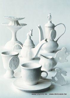 margo slingerland, Alice in Wonderland tea set