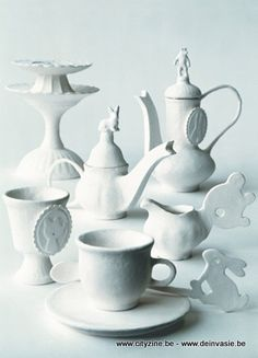 margo slingerland, Alice in Wonderland tea set