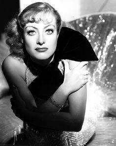 Joan Crawford- Photo by George Hurrell