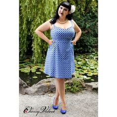 Sipping cool drinks by the pool in this splendid dress will kick start any summer time fun! This Indigo Plaid print is white with multiple shades of blue. Funny Fashion, Retro Fashion, Plus Fashion, Womens Fashion, Vidya Balan Hot, Pin Up, Vintage Inspired Dresses, Vintage Velvet, Plus Size Dresses
