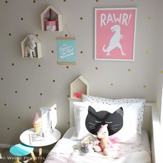 One of the things I love about Instagram is discovering things that are a little bit different. This pink dinosaur print is such a fab idea by @paradeandcompany and was born from Leah's difficulty in finding girly dinosaur decor for her own dinosaur mad girly girls. How gorgeous is it? #whitefoxstyling