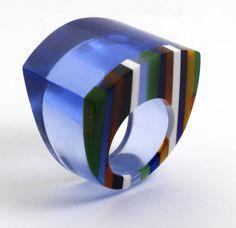 3918dfb487d3 65 mejores imágenes de Plastic jewelry and more