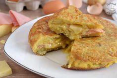 Tortilla de patatas rellena de jamón y queso (Receta fácil). Una riquísima y fácil receta de Disfrutando de la Cocina Cauliflower, Chicken, Meat, Vegetables, Food, Banana Bars, Banana Crumb Cake, Afternoon Snacks, Easy Recipes