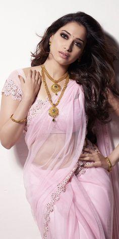Indian Actress Hot Pics, Indian Actresses, Hot Actresses, Beautiful Bollywood Actress, Most Beautiful Indian Actress, Beautiful Actresses, Beautiful Girl In India, Beautiful Saree, Bengali Bridal Makeup