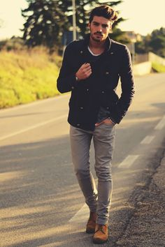 Gray Jeans outfit: 6 Easy, Stylish Examples   Primer