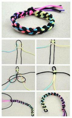 Diy Bracelets With String, Yarn Bracelets, Diy Bracelets Easy, Handmade Bracelets, Macrame Bracelet Diy, Bracelet Crafts, Diy Crafts Hacks, Diy Crafts For Gifts, Diy Friendship Bracelets Patterns