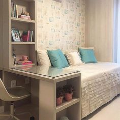 Cool 55 Small Bedroom Design and Organization Ideas https://roomodeling.com/55-small-bedroom-design-organization-ideas