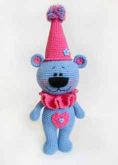 #crochet, Festive bear, amigurumi, free pattern, #haken, gratis patroon (Engels), beer, feest, party, knuffel, speelgoed, #haakpatroon
