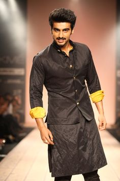 Men can be just as fashion conscious, if not more than women. Read what Indian Menswear designer Kunal Rawal recommends this season... http://www.indiaartndesign.com/2013/04/fashion-trends-for-men.html