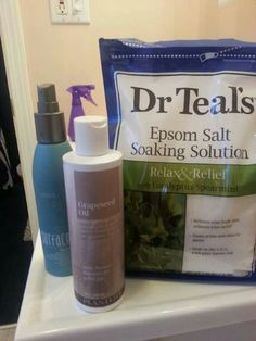 Saltwater spray for frizzy hair = Epsom salt + olive or grape seed oil