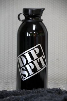 Dip SPIT Bottle, spittoon, spitter, chew, tobacco, snuff, grizzly, copenhagen, juice, longhorn Dip Spit,http://www.amazon.com/dp/B007N6R1I8/ref=cm_sw_r_pi_dp_FGz0sb047HTRSVF9