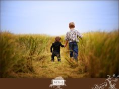 Brother and Sister.  Country Life  www.fordfamilyphotography.com