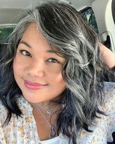 17 Examples That Prove White Blonde Hair Is In for 2019 - Style My Hairs Black And Grey Hair, White Blonde Hair, Long Gray Hair, Lilac Hair, Pastel Hair, Grey Hair In 30s, Green Hair, Blue Hair, Grey Hair Transformation