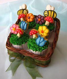 cake miracle by peni respati: lebaran gift
