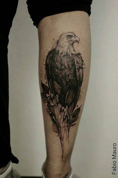 Sketch work eagle tattoo on the right calf. Tattoo artist: Fabio Mauro