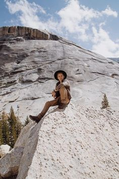 """Cole C. Sprouse on Twitter: """"Pioneers used to ride these babies for miles~ http://t.co/zkQxi39C5O"""""""