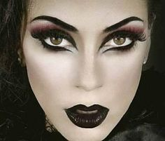 cool witch makeup for halloween . - cool witch makeup for halloween … cool witch makeup for halloween Gothic Makeup, Fantasy Makeup, Evil Queen Makeup, Easy Halloween, Halloween Costumes, Witch Costumes, Vintage Halloween, Pretty Halloween, Vintage Witch
