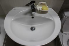 우리 집 만능박사 에탄올 활용하는 15가지 방법 Sink, Cleaning, Home Decor, Sink Tops, Vessel Sink, Decoration Home, Room Decor, Vanity Basin, Sinks